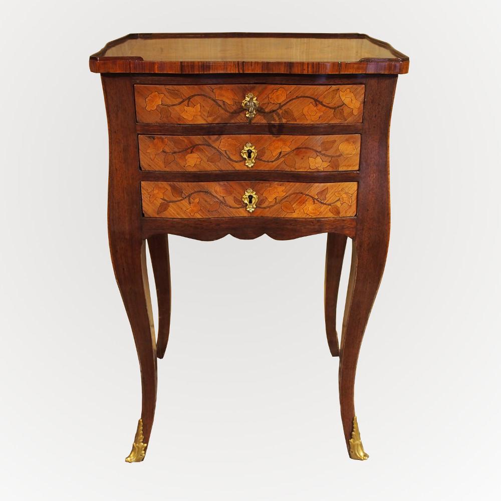 Table à toutes faces d'époque Louis XV