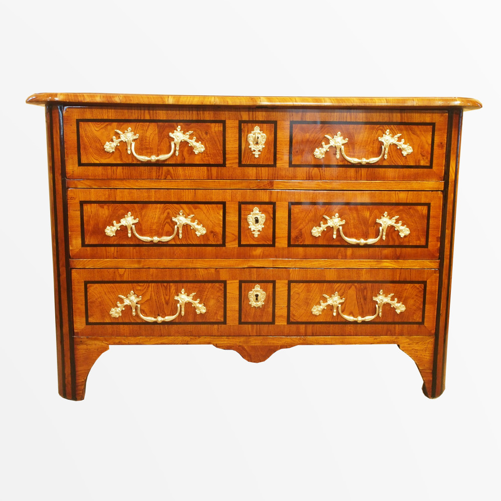 Chest Of Drawers With Regency Period Marquetry Tray