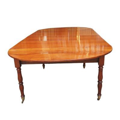 Cuban Mahogany Restoration Period Dining Table Resting On Six Jacob Legs