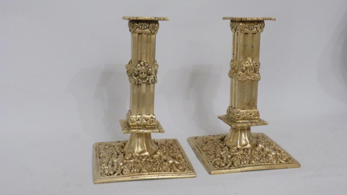 Paire De Bougeoirs Flambeaux à La Financière à Décor d'Angelots, Style Haute Epoque, XIX ème