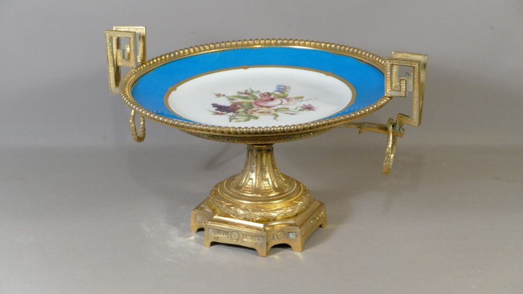 Cup In Gilt Bronze Plate XVIII From Sevres Porcelain With Bouquet Of Flowers