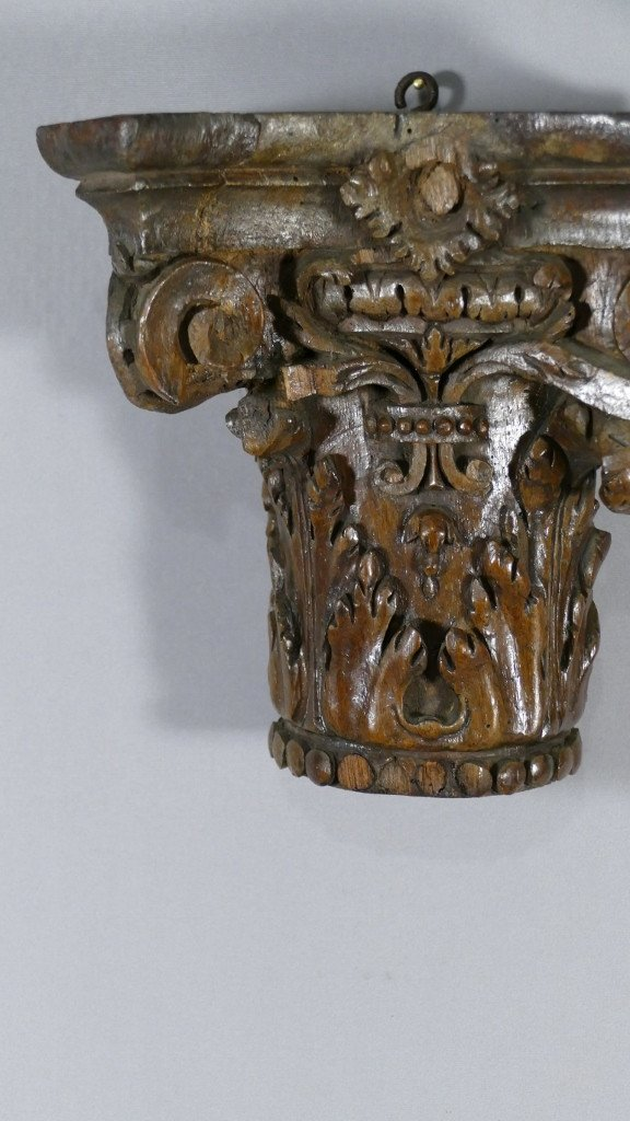 Chapiteau Corinthien En Chêne Sculpté Dans Le Goût Du XVIII ème, Console d'Applique-photo-3