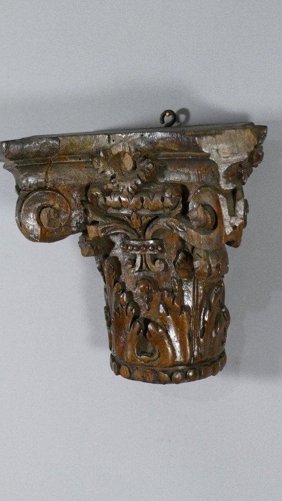 Chapiteau Corinthien En Chêne Sculpté Dans Le Goût Du XVIII ème, Console d'Applique-photo-1