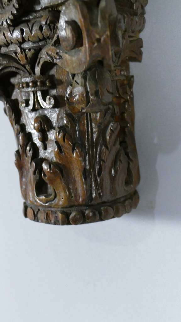 Chapiteau Corinthien En Chêne Sculpté Dans Le Goût Du XVIII ème, Console d'Applique-photo-2