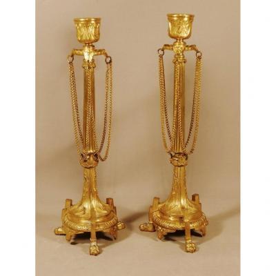 Paire De Bougeoirs Napoléon III En Bronze Doré à Pattes De Lion, XIX ème