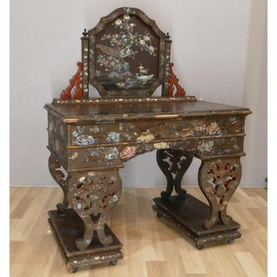 Desk Or Dressing Table In Lacquer And Mother Of Pearl With Peonies And Cranes, China, XIXth Time