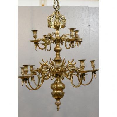 Important Lustre De Style Louis XIII à Couronne à 12 Feux, Bronze, époque XIX ème