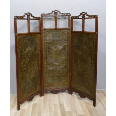 Screen With 3 Leaves In Wood And Brass Embossed In The Style Of Cordoba Leather, XIXth Time