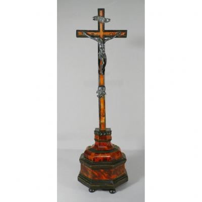 Crucifix Christ En Croix Sur Base écaille De Tortue, époque XVII ème Siècle
