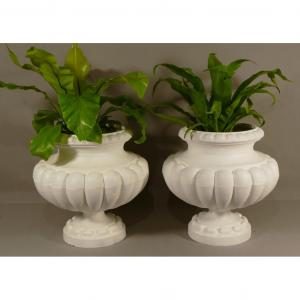 Pair Of Garden Vases In Cast Iron XIXth Model With Godrons Or Côtes De Melon