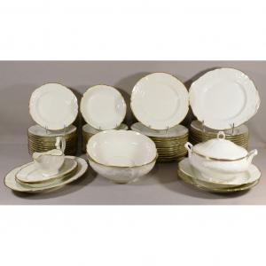 Table Service In White And Gilded Porcelain Louis XV Style, 58 Pieces, Limoges