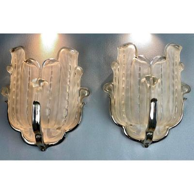 """Pair Of 1930 Art Deco Wall Lamps Signed """"ezan France"""" In Molded And Pressed Glass"""