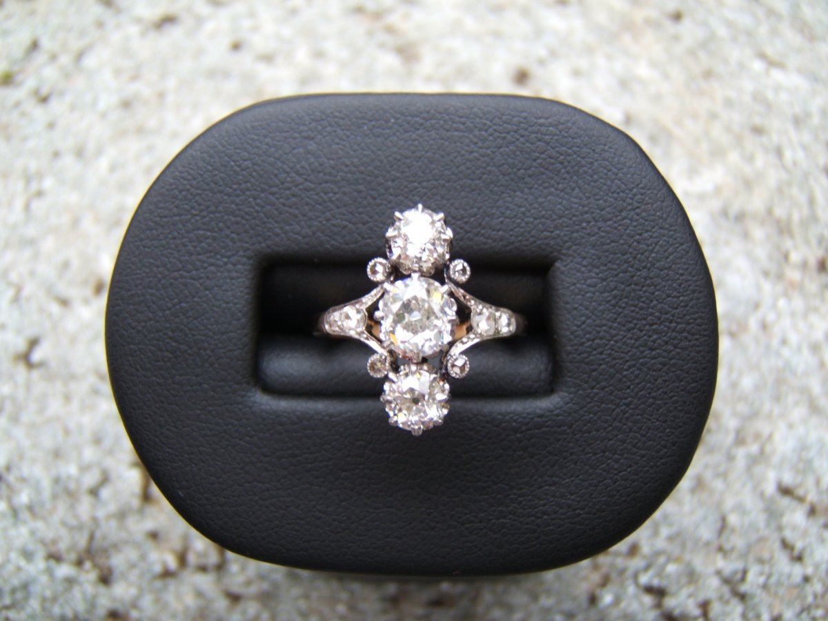 """Old """"trilogy"""" Ring In Diamonds. Late 19th Century"""