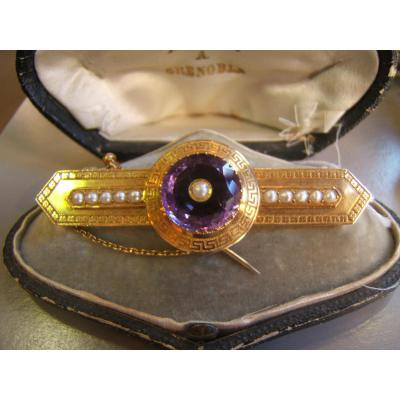 Pin Carved Gold Amethyst And Pearls