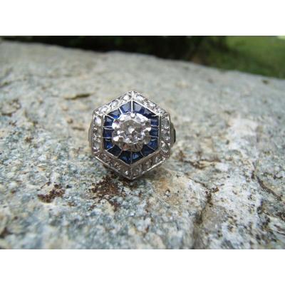 Bague or et platine,diamants et saphirs.
