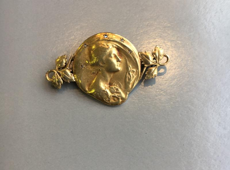 Art Nouveau Brooch In Gold, -photo-3