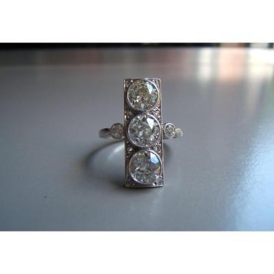 Bague platine en diamants,époque Art Déco.