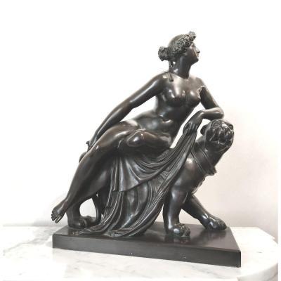 Sculpture En Bronze De 'ariadne Chevauchant Une Panthère'