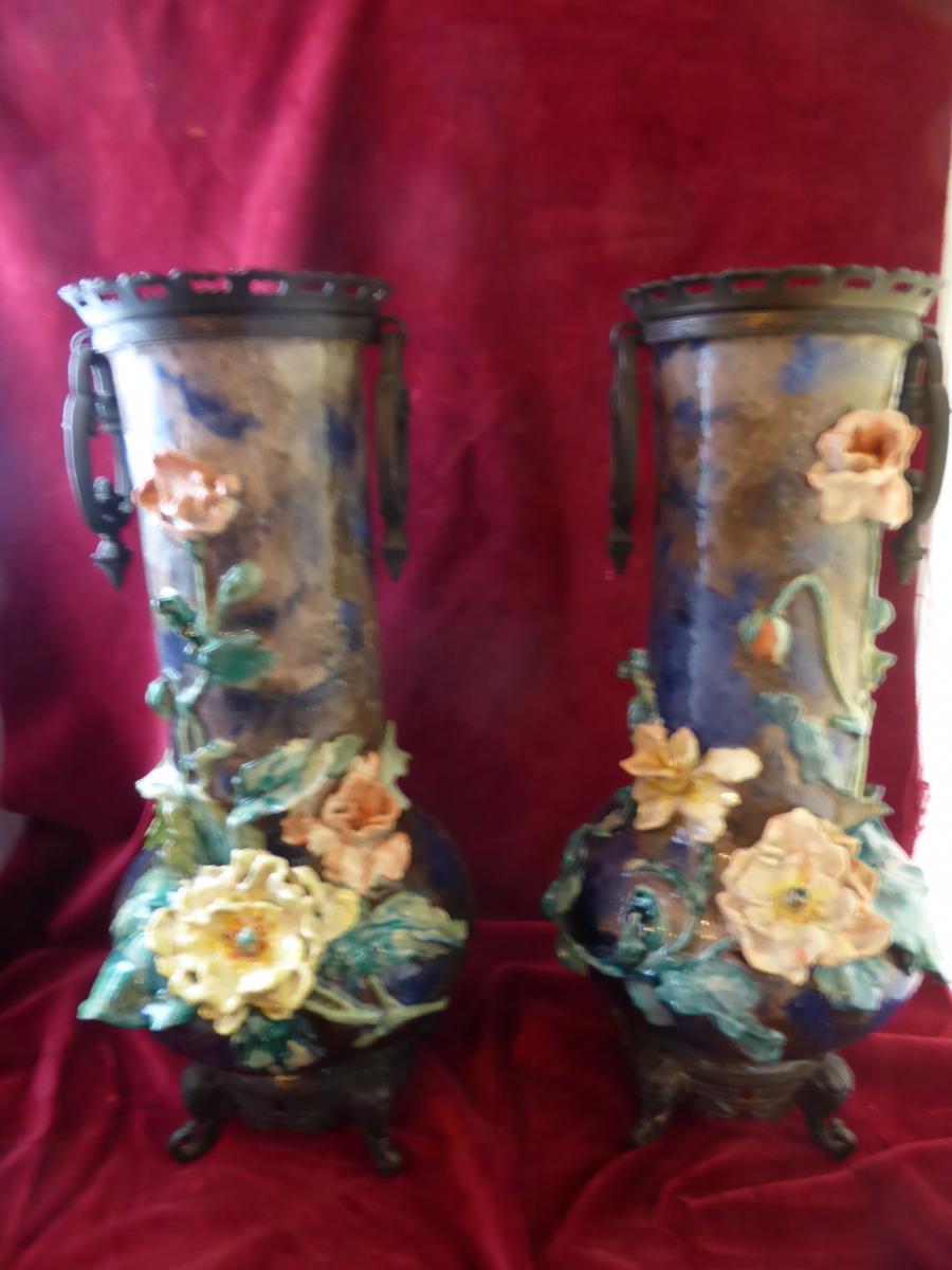 Paire De Vases Barbotine Monture Bronze