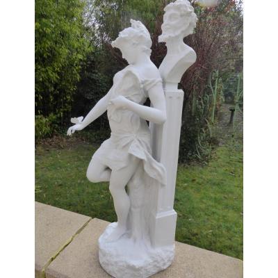 Sculpture En Biscuit Jeune Fille Et Terme