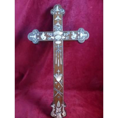 Croix Indochinoise Incrustee Nacre