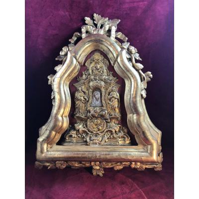 Vierge En Terre Cuite Dans Cadre Bois Dore Baroque