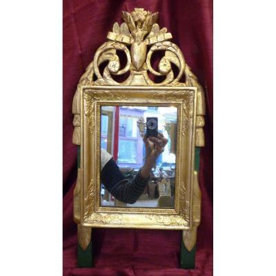 Miroir d'époque Directoire fin 18e siècle en bois sculpté doré avec fronton