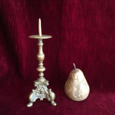 Small Sting-candle Candlestick Tripod Crowned C Bronze (1745-1749)