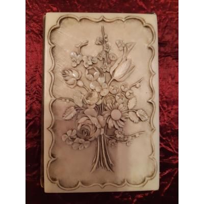 Sumptuous Ivory Prom Notebook Carved In Relief Of A Bouquet Of Flowers 1853