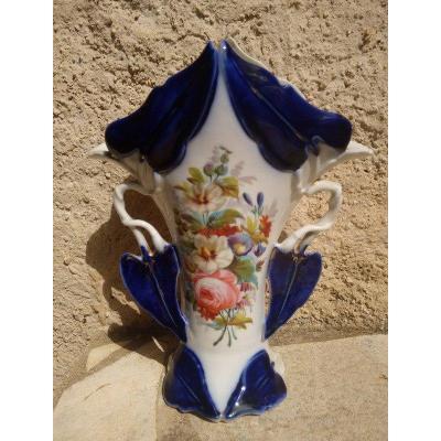 Vase En Porcelaine De Valentine Vieux Paris Décor De Bouquet De Fleurs XIXème Siècle