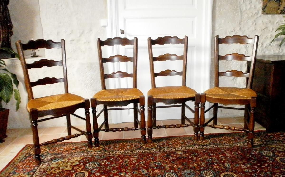 4 rustic chairs