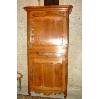 armoire ancienne sur proantic louis xv transition. Black Bedroom Furniture Sets. Home Design Ideas