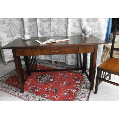 Bureau De Style Colonial Et Sa Chaise