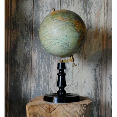 Globe Terrestre Dressé Par J.forest