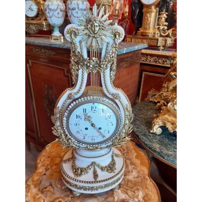 Pendule Lyre En Marbre Blanc Et Bronze Doré Style Louis XVI