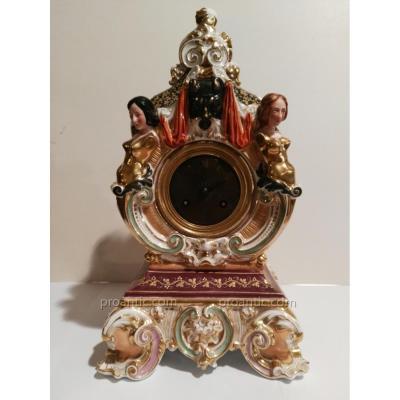 Pendule En Porcelaine Signée Jacob Petit (1797-1868)