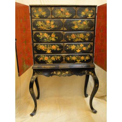 Cabinet A Decor Polychrome Angleterre Debut XVIIIeme Siecle