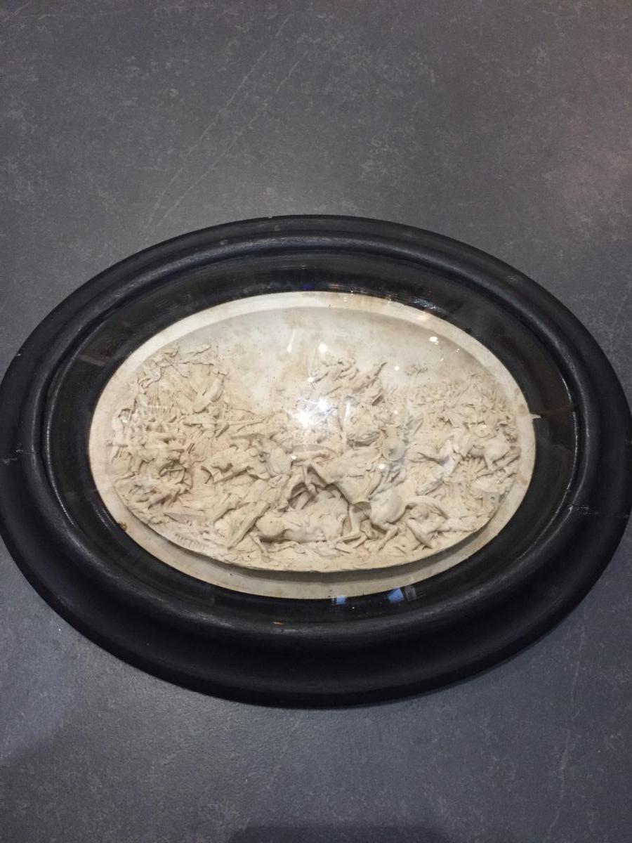 Tableau Sculpté d'Une Bataille