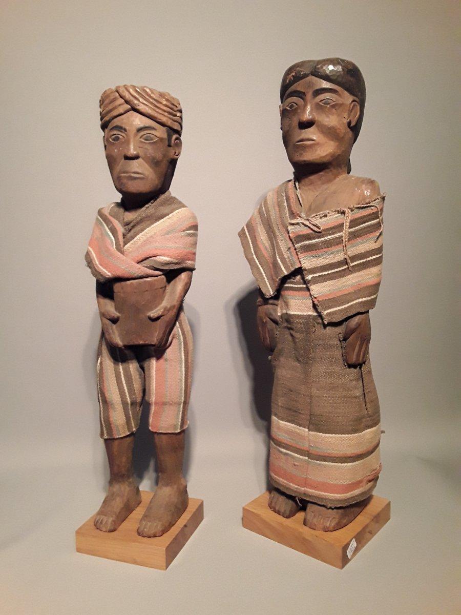 Couple Of Sakalava Statues Madagascar