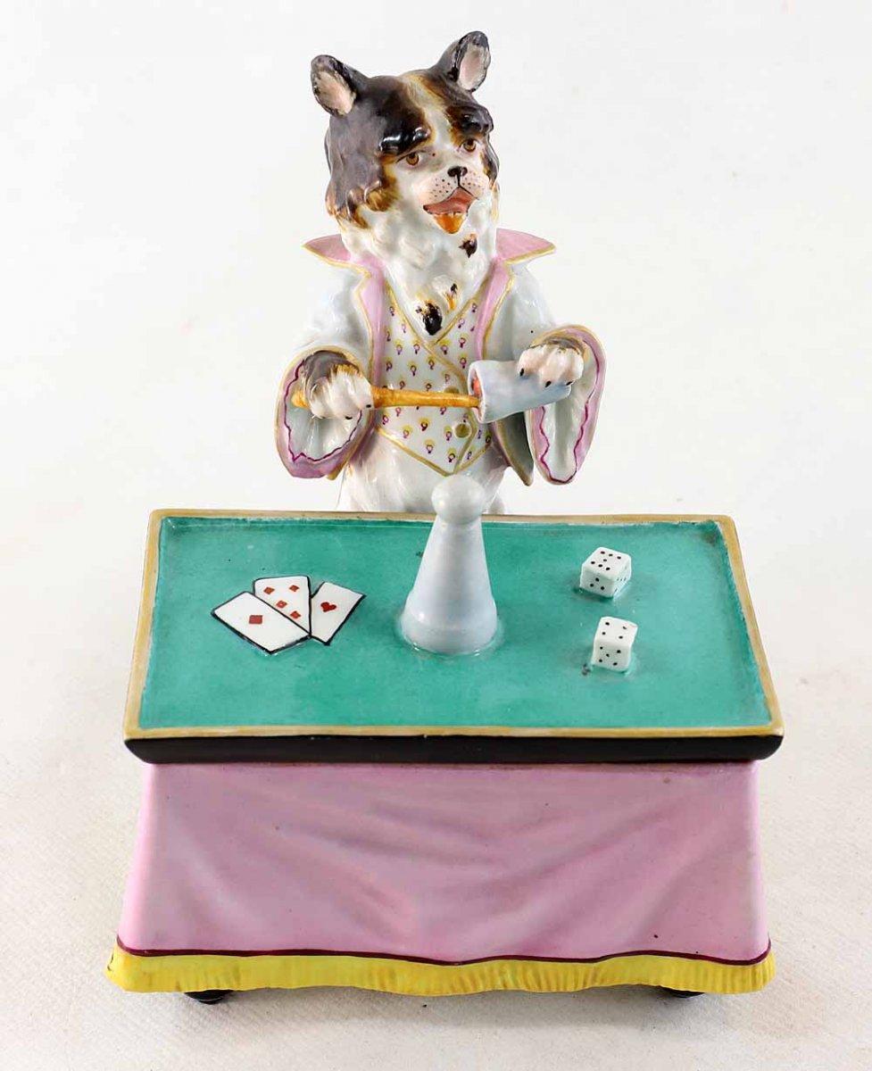 PORCELAINE CHIEN Magicien vers 1850