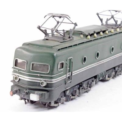 LOCO CC 7000 maquette d'usine