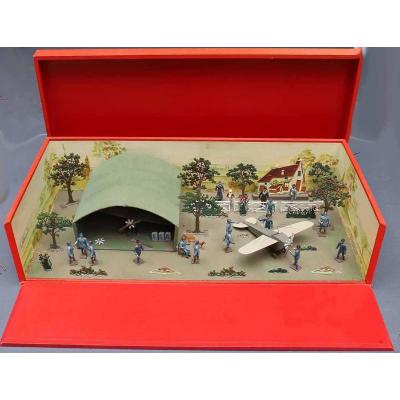Cbg Airfield Toy Soldiers