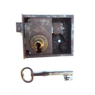Serrure Et Cle XVIII° Pour Porte Meuble Coffre Armoire Fer Forge