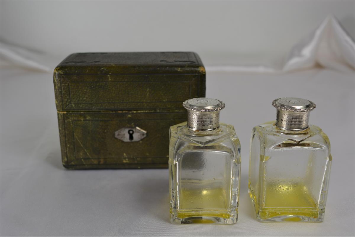 Coffret à Parfum Cave à Odeur France 1819-1838