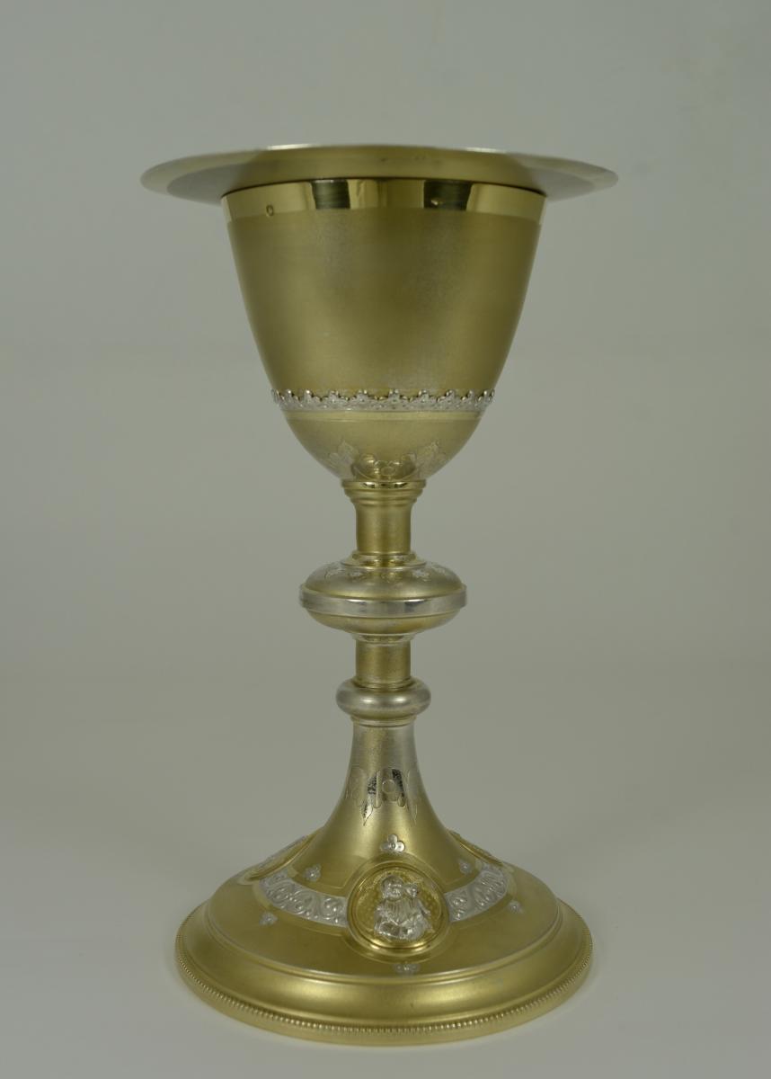 Calice Et Sa Patène En Argent Et Vermeil, France  Vers 1900