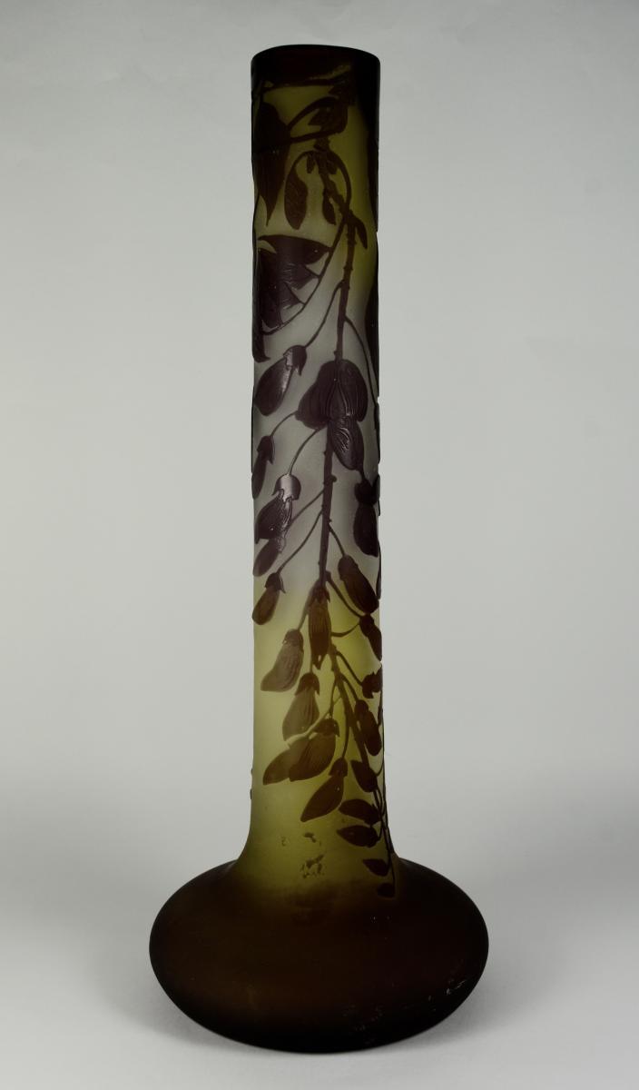 Gallé.  Vase Tubulaire En Verre Multicouche Dégagé à l'Acide