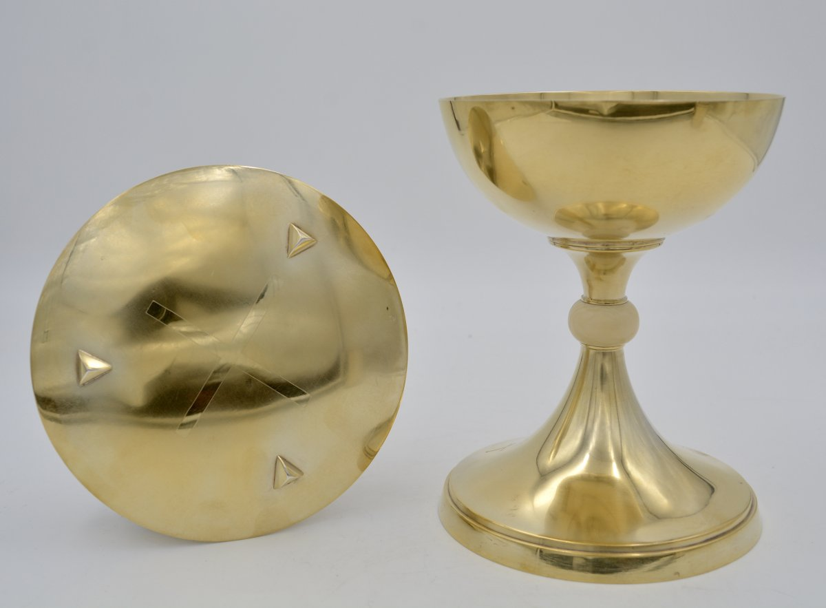 Chalice And Its Paten In Golden Silver. France From The Beginning Of The 20th Century