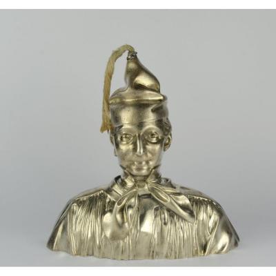 Lampe Petite Vielleuse En Argent Sculptée En Forme De Buste