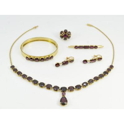 Set In Gold And Garnets, France Early 20th Century