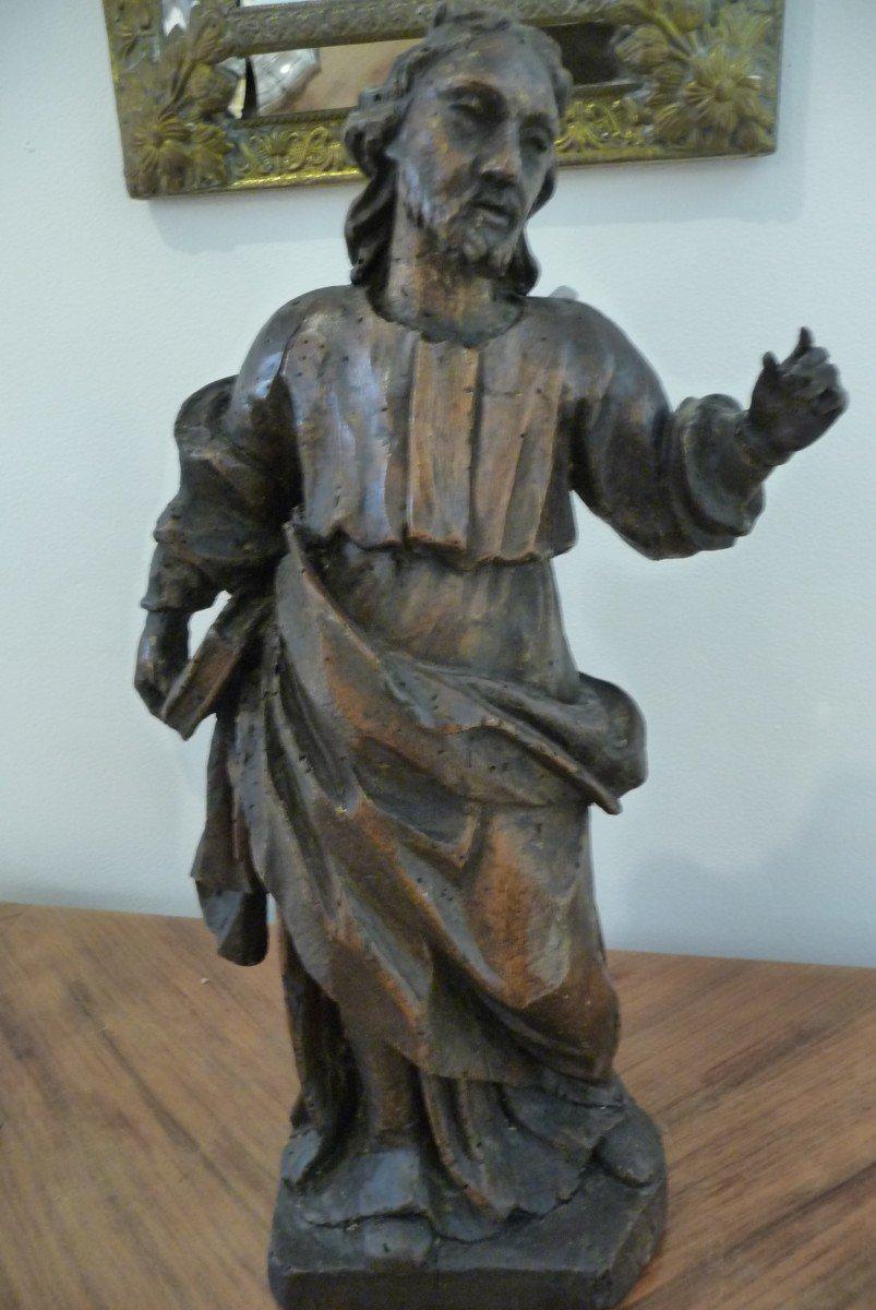 Statue XVIIIème En Bois. (personnage Avec Un Livre à La Main). Peut être Saint Jean.